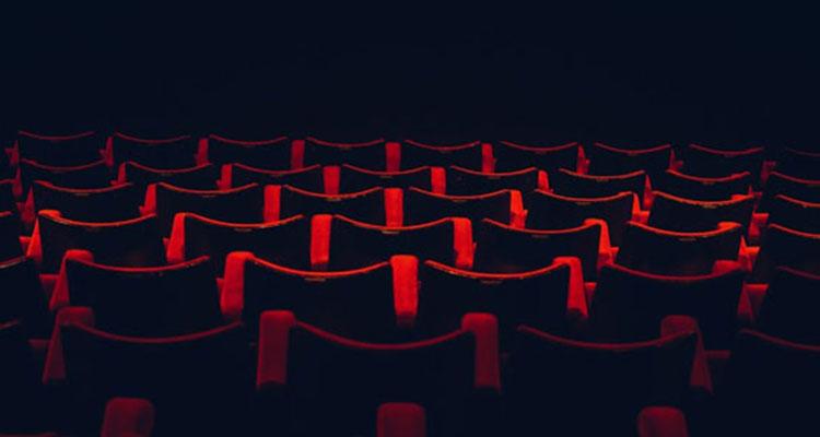 Top-pic-red-seating_637px-0617.jpg